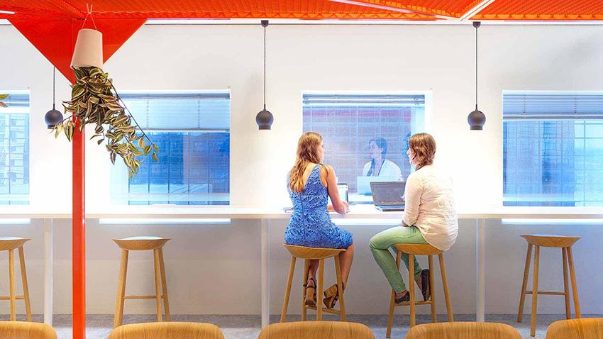 UGT firma el plan de igualdad de Nationale Nederlanden