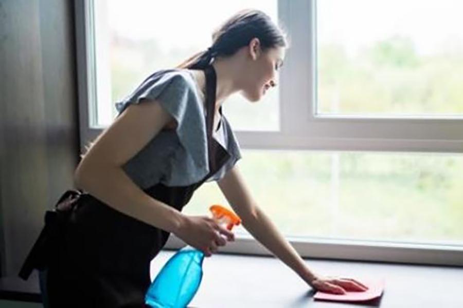UGT informa a las trabajadoras del hogar de los pasos para solicitar el subsidio extraordinario